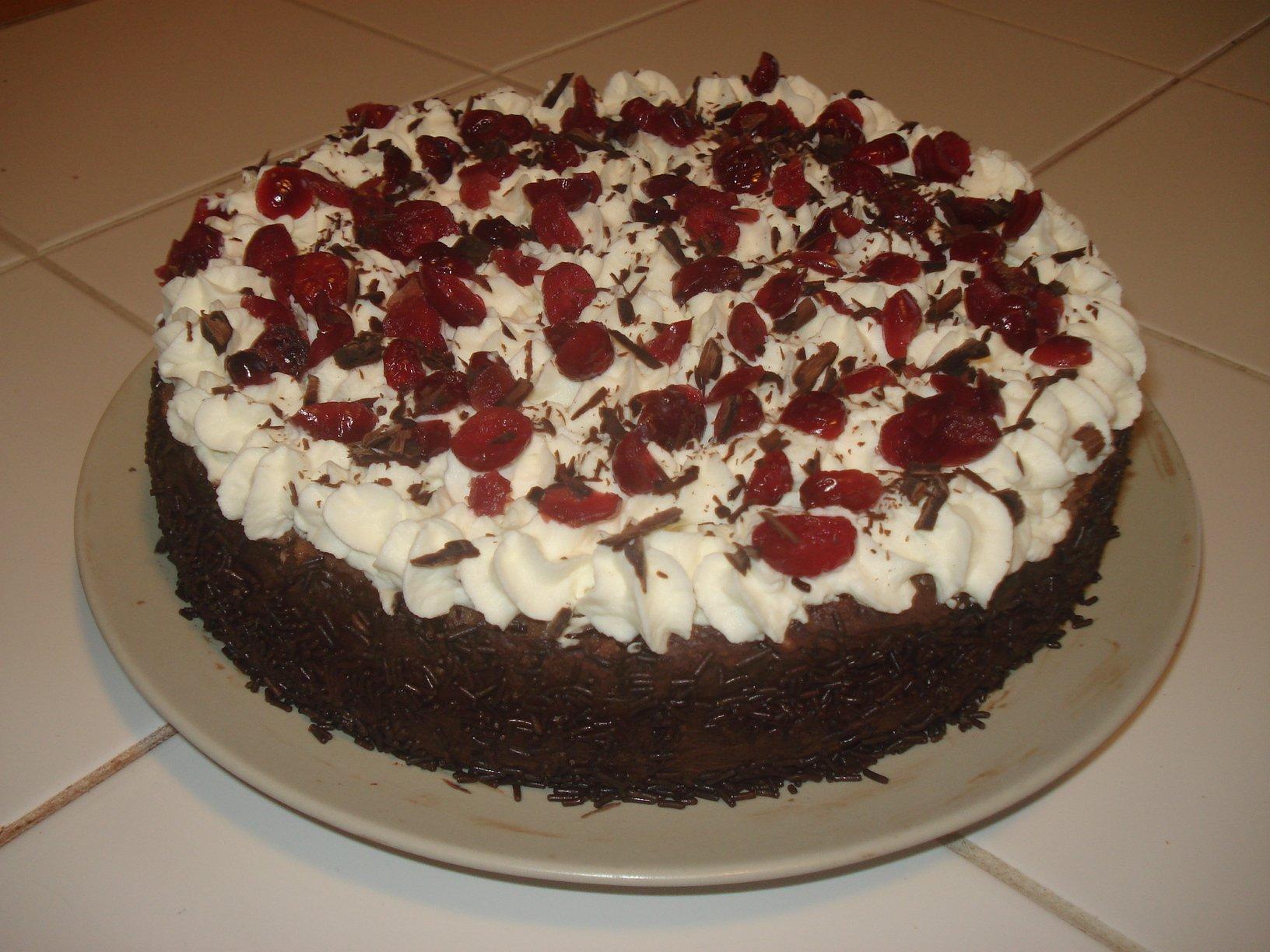 For t noire cranberries ganache chocolat noir on s fait une bouffe - Recette gateau foret noire ...